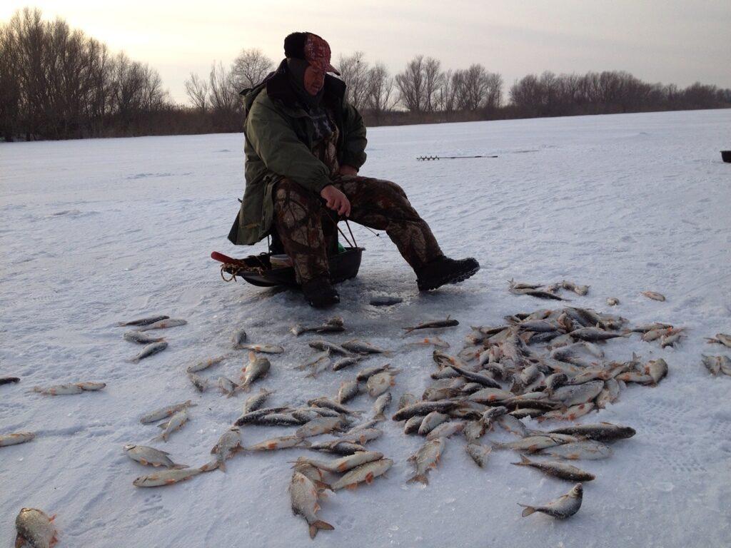 Скачать Зимнюю Рыбалку - фото 7