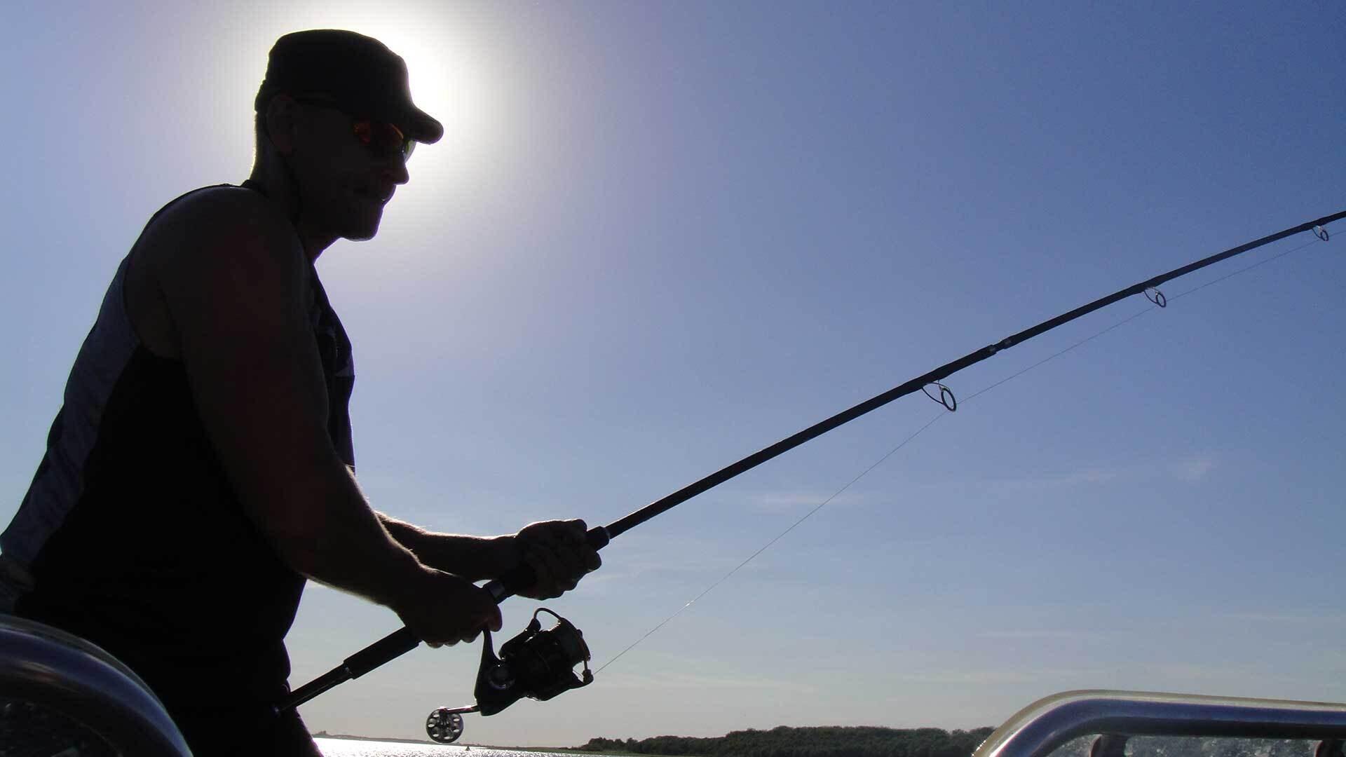 Рыбачим без удочки